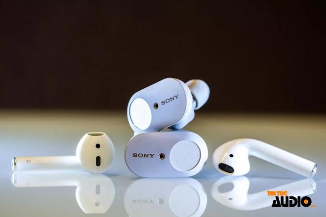 Tại sao Apple, Microsoft và Google lại sản xuất earbuds trong khi Sony, Samsung, Xiaomi hay Sennheiser đều chọn kiểu dáng in-ear cho True Wireless?